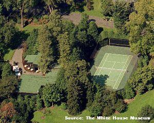 ホワイトハウス内にあるテニスコートの写真画像