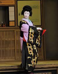 歌舞伎の女形役者の画像